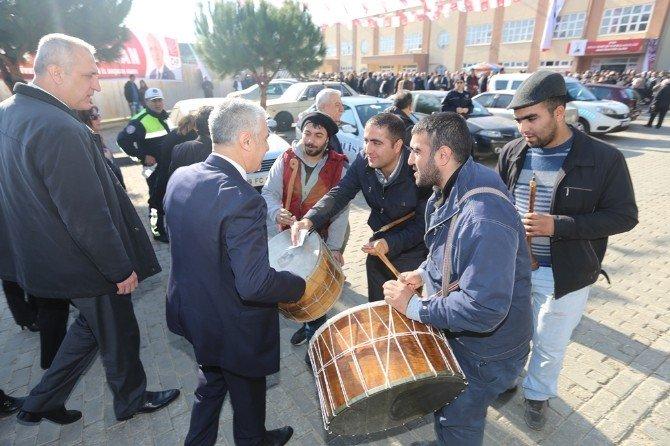 CHP'li Adaylar Başkanlık, Davulcular Bahşiş İçin Yarıştı