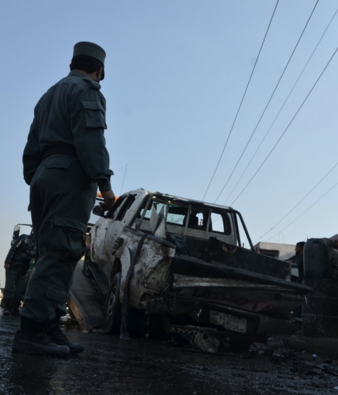 Afganistan'da intihar saldırısı: 1 ölü, Kur'an eğitimi alan 50 öğrenci yaralı