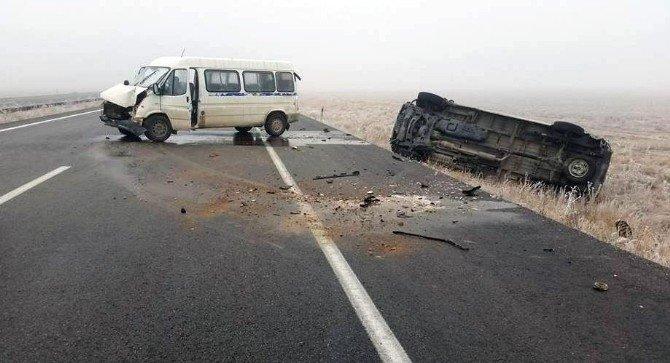 Aksaray'da 11 Araç Zincirleme Kazaya Karıştı