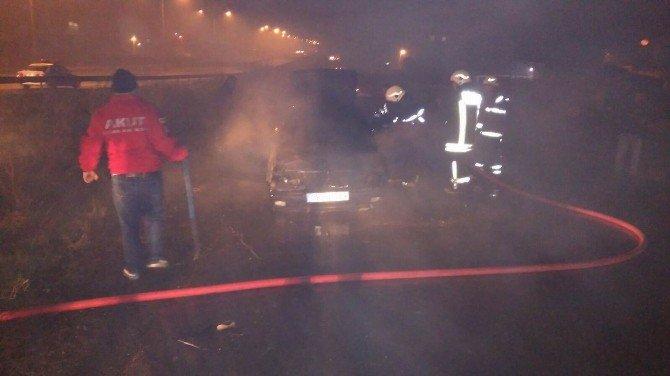 Seyir Halindeki LPG'li Otomobil Alev Aldı
