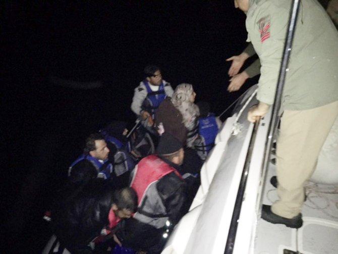 Yunan adasına gitmek isteyen 8'i çocuk 14 Suriyeli yakalandı
