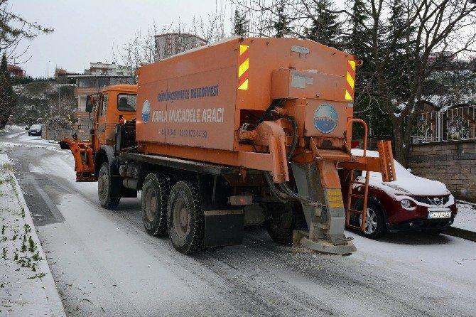 Büyükçekmece Belediyesi Kar Alarmı Verdi