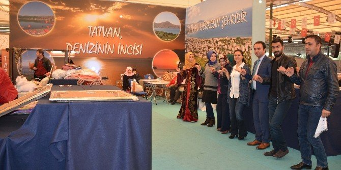 İzmir'deki Bitlis Tanıtım Günleri Sona Erdi