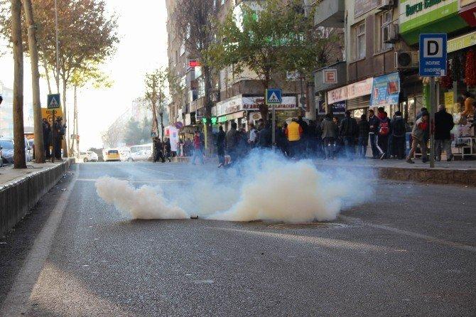Diyarbakır'da Sur Yürüyüşünde Olaylar Çıktı