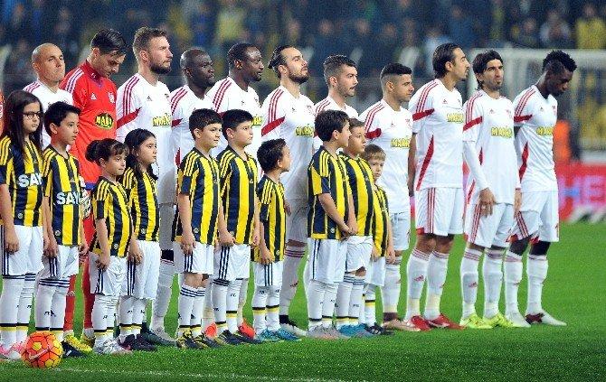 Fenerbahçe, İlk Yarıyı Galibiyet İle Kapatmak İstiyor