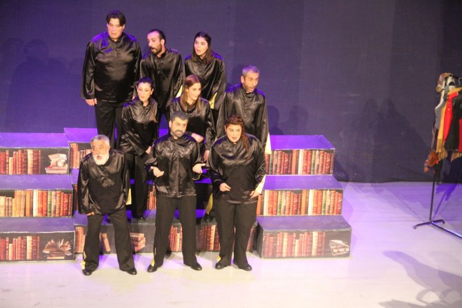 Hatay Şehir Tiyatroları, Seyyahatname'nin sezon finalini yaptı