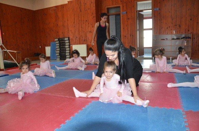 Bale Kursu Eğitimleri Devam Ediyor