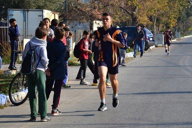 Foça'da Atatürk Koşusu