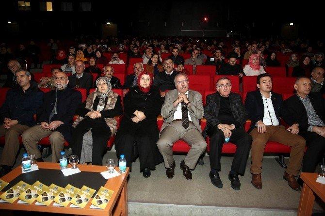 Büyükşehir Mehmet Akif'i Andı
