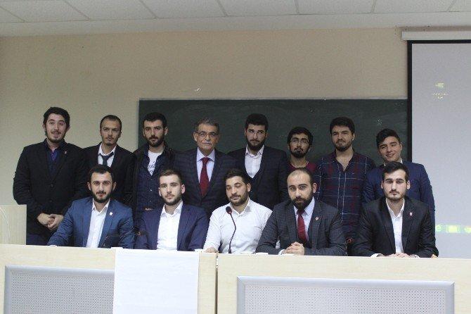 Kocaeli Üniversitesi'nde Mehmet Akif Ersoy Anıldı