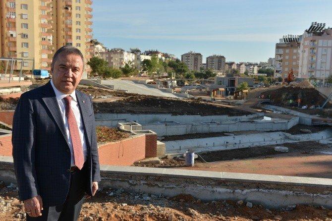 Konyaaltı Belediye Başkanı Böcek: