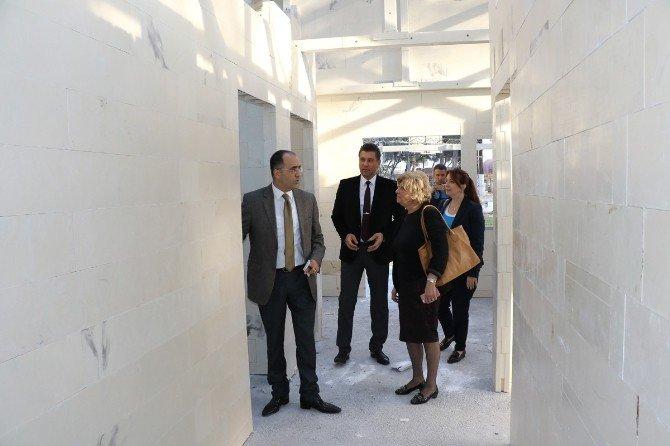 Saruhanlı'ya Çocuk Kültür Ve Sanat Merkezi Geliyor