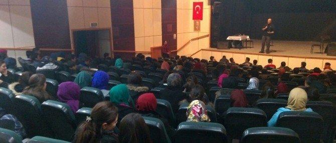 Erzurum Gençlik Meclisi'nden Motivasyon Eğitimi