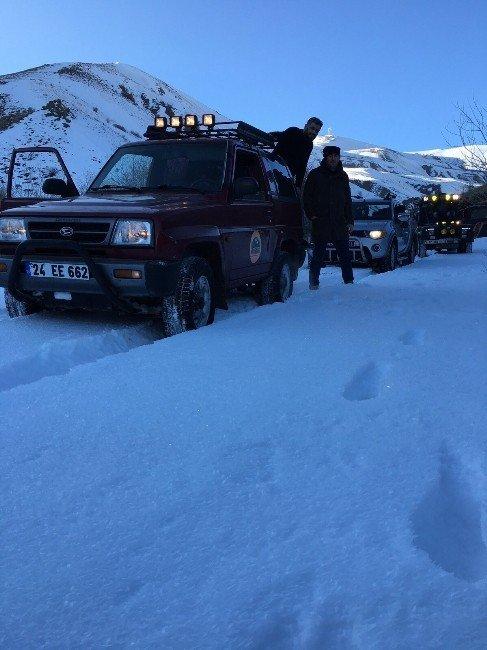 Erzurum Macera Off Road Kulübü, Yaban Hayvanları İçin Doğaya Yem Bıraktı