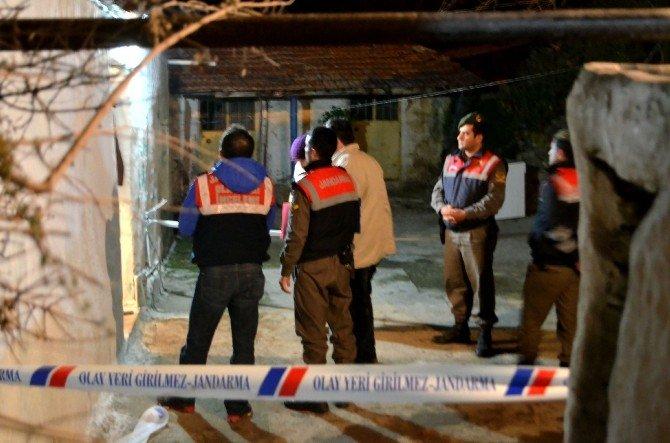 Yangında Dumandan Zehirlenen 2 Kardeş Hayatını Kaybetti