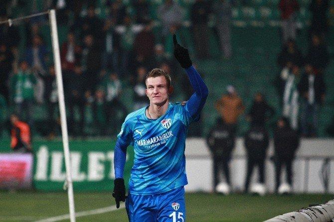 Bursaspor'da Gollerin Yarısı Necıd'den