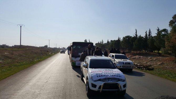 Esed güçleri ile değişimi yapılan yüzlerce yaralı tedavi için Türkiye'de