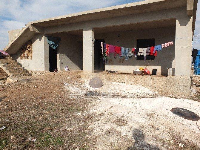 Suriyeli Aile Soğukla Mücadele Ediyor