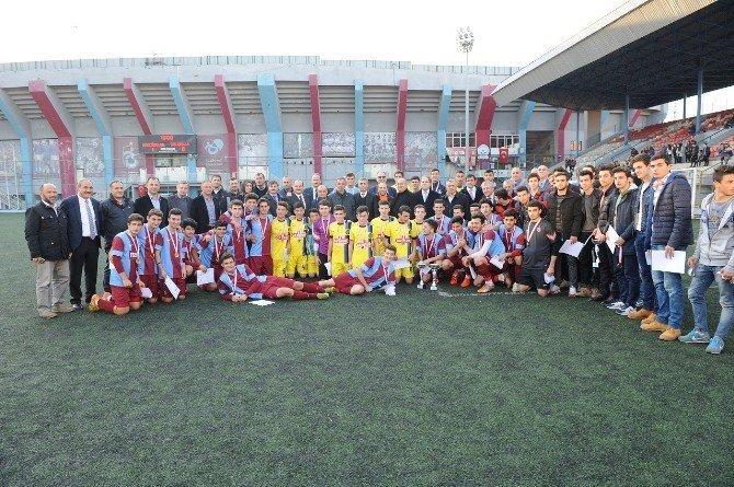 Futbol Genç Erkekler İl Birinciliği Müsabakaları Sona Erdi