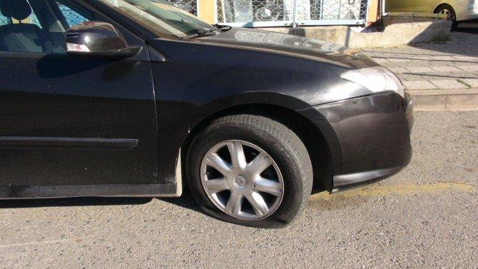 Araçların lastiğini böyle kesti