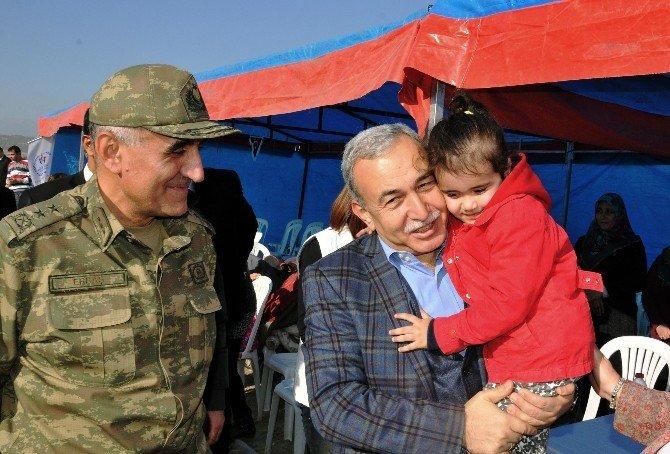 Şehit Ve Gazi Ailelerinin Yamaç Paraşütü Heyecanı