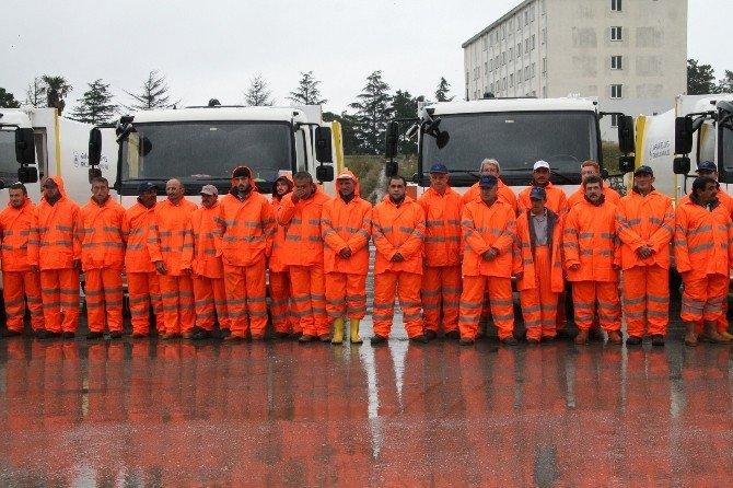 Adapazarı Belediyesi Karla Mücadele Ekibi Kara Hazır