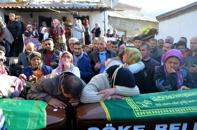 Söke'de Ölen İki Kardeş Toprağa Verildi
