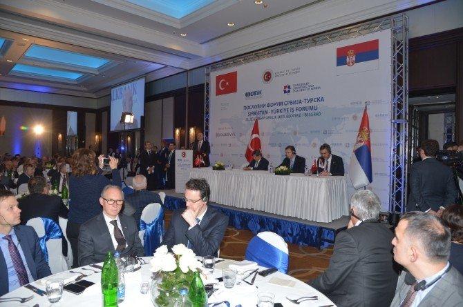 Başbakan Davutloğlu Sırbistan'da İş Dünyası İle Buluştu