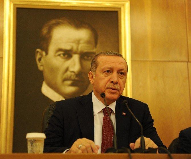 """Cumhurbaşkanı Erdoğan: """"Eline Saz Almakla Türkiye Partisi Olunmuyor"""""""