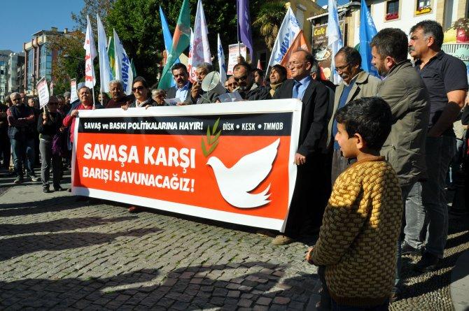 Antalya'da STK üyeleri silahların susmasını istedi