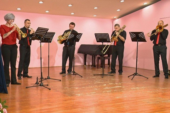 Brass'es Yılbaşı Konseri