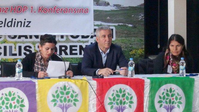 HDP'den 'Demokratik Öz Yönetimle Demokratik Cumhuriyete' konferansı