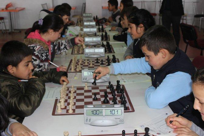 Havza'da satranç turnuvası düzenlendi
