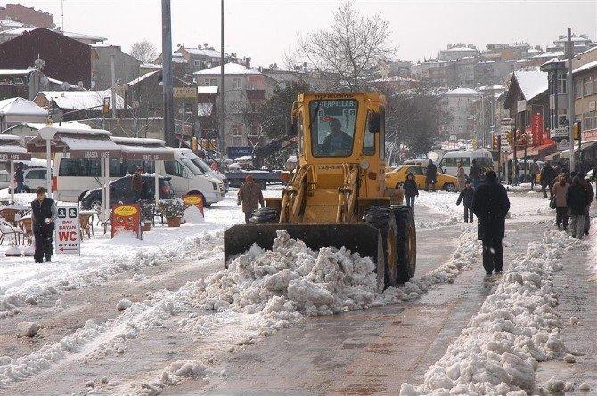 Eyüp Belediyesi'nde Kar Alarmı