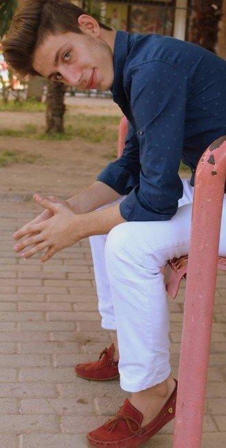 Üniversite Öğrencisi Genç Evinde Ölü Bulundu