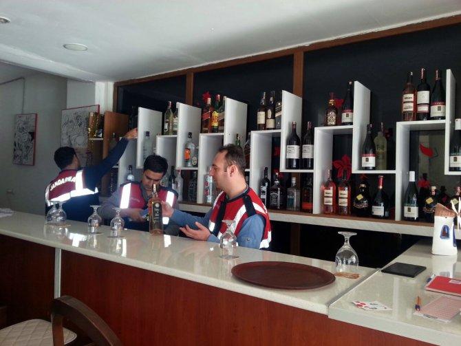 Muğla'daki denetimlerde 803 şişe kaçak içki ele geçirildi