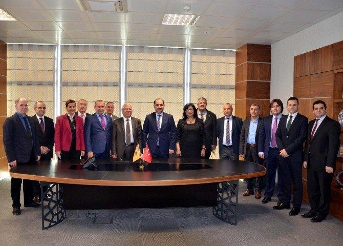 Namık Kemal Üniversitesi İle Fransa Rouen Üniversitesi Arasında İşbirliği Protokolü