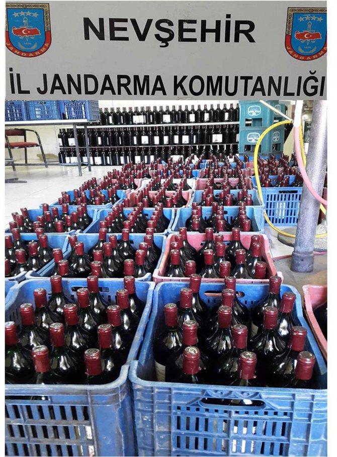 Şarap fabrikasında, bandrolsüz şarap ele geçirildi