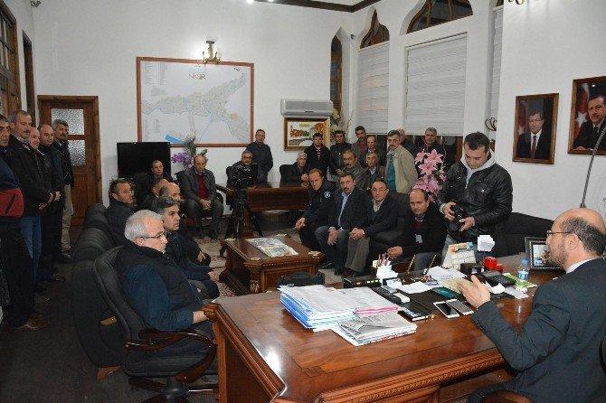Niksar Belediyesi'ndeki İşçilere Tüm İkramiyeleri Ödendi