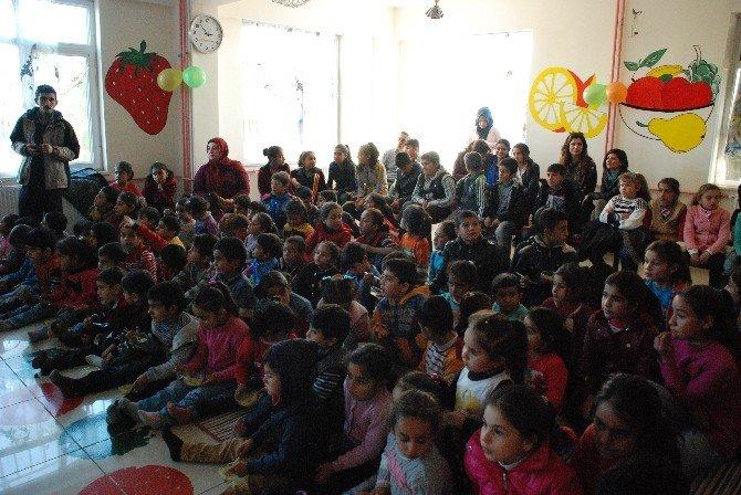 Viranşehir'in Çocukları Emeklerini Hasat Etti