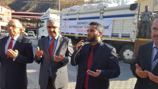 Saimbeyli halkı kışlık erzaklarını Suriye sınırına gönderdi