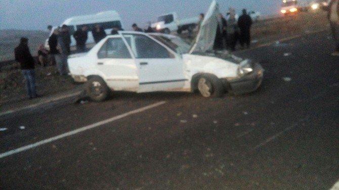 Siverek'te Otomobil Takla Attı: 5 Yaralı