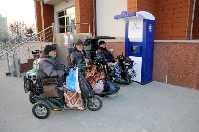 Selçuklu Belediyesi'nden Engelli Aracı Şarj İstasyonu
