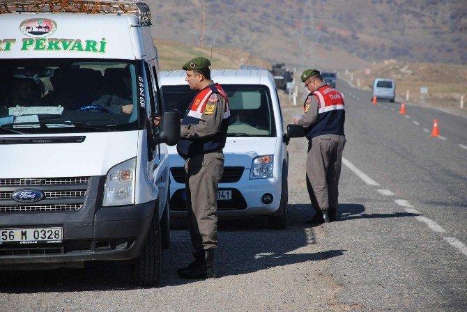 Jandarma, Trafik Denetimlerine Devam Ediyor