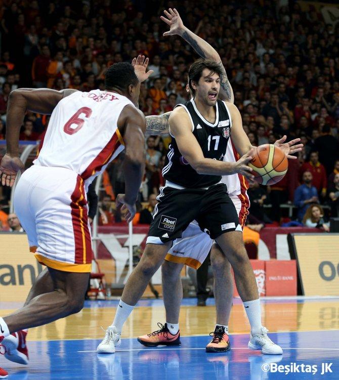 Galatasaray Odeabank: 90 - Beşiktaş Sompo Japan: 76