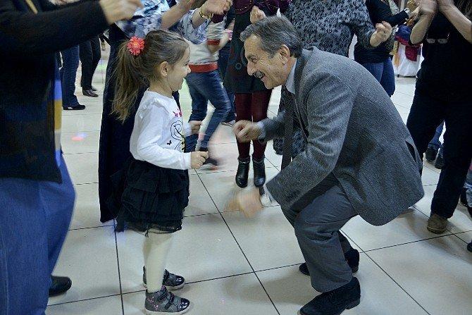 Tepebaşı Belediyesi'nde Geleneksel Yeni Yıl Eğlencesi