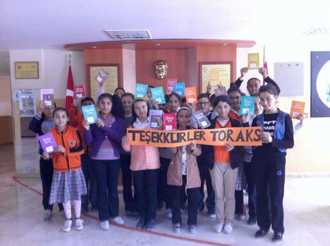 Türk Toraks Derneği'nden öğrencilere kitap bağışı