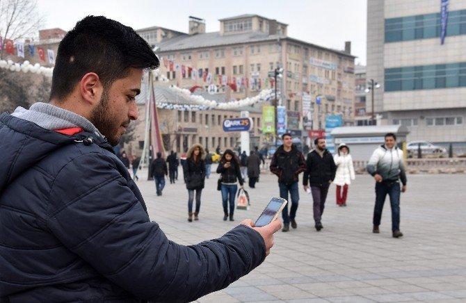 Büyükşehir'den Ücretsiz İnternet Erişimi