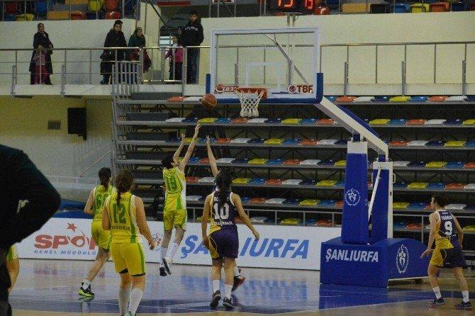 Memleket Spor Kulübü Bayan Basketbol Takımı Rakibini Rahat Geçti