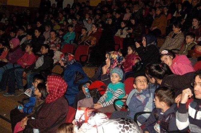 Engelliler Tiyatro İle Buluştu